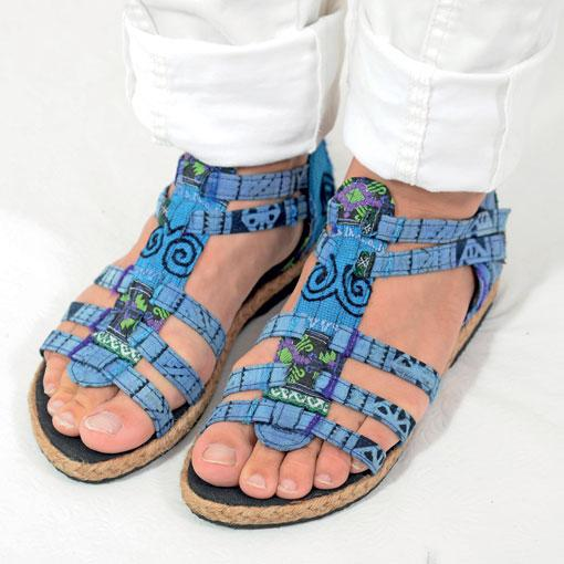 Blue Coral Sandals SIZE 6 ONLY