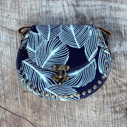 Feather Print Bag